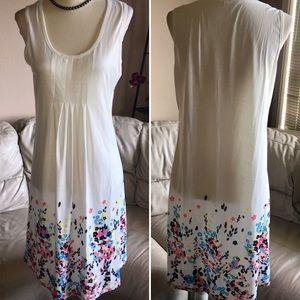 NWOT! Adorable Dress - Medium